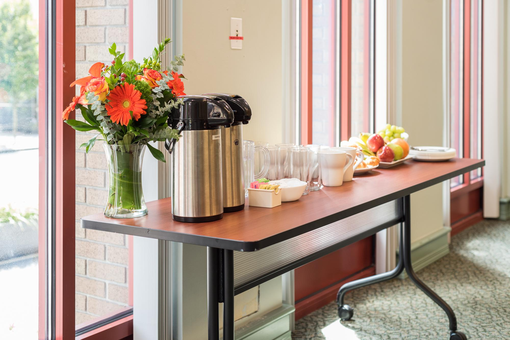 Tables and cutlery - YWCA Hotel Vancouver Meeting room rentals